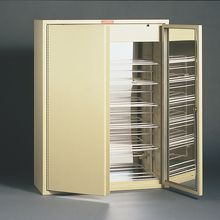 Ultraviolet Sterilization Cabinet for 30 Goggles