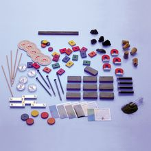 Magnetic Classroom Attractions Kit, Kit 2