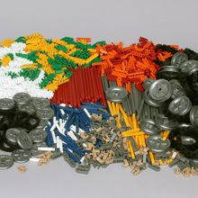 K'NEX Set, Motion and Design