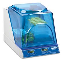 Carolina™ Shaking Mini Incubator, 230 V